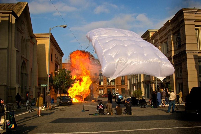 Grip Cloud Balloon Light
