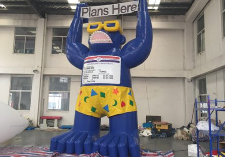 6.5m&21.6ft high USA Plans Here Inflatable Gorilla with Medicare Card