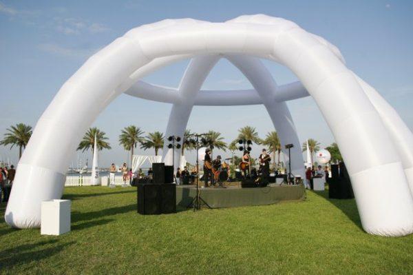 Airstar-tent