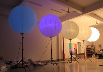 Lighted Balloon Stand In RGB LED Lighting