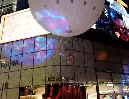 6m white aerial acrobatic balloon