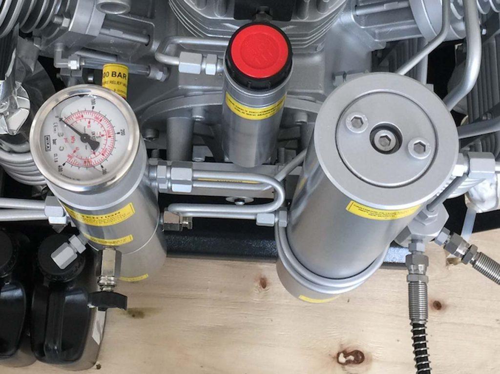 high-pressure air compresso